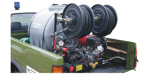 Aufbauspritze mit 500 Liter Tank