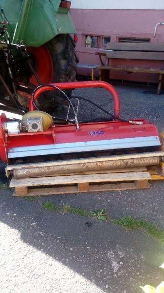 Schlegel Mulcher für den Heckanbau am Traktor